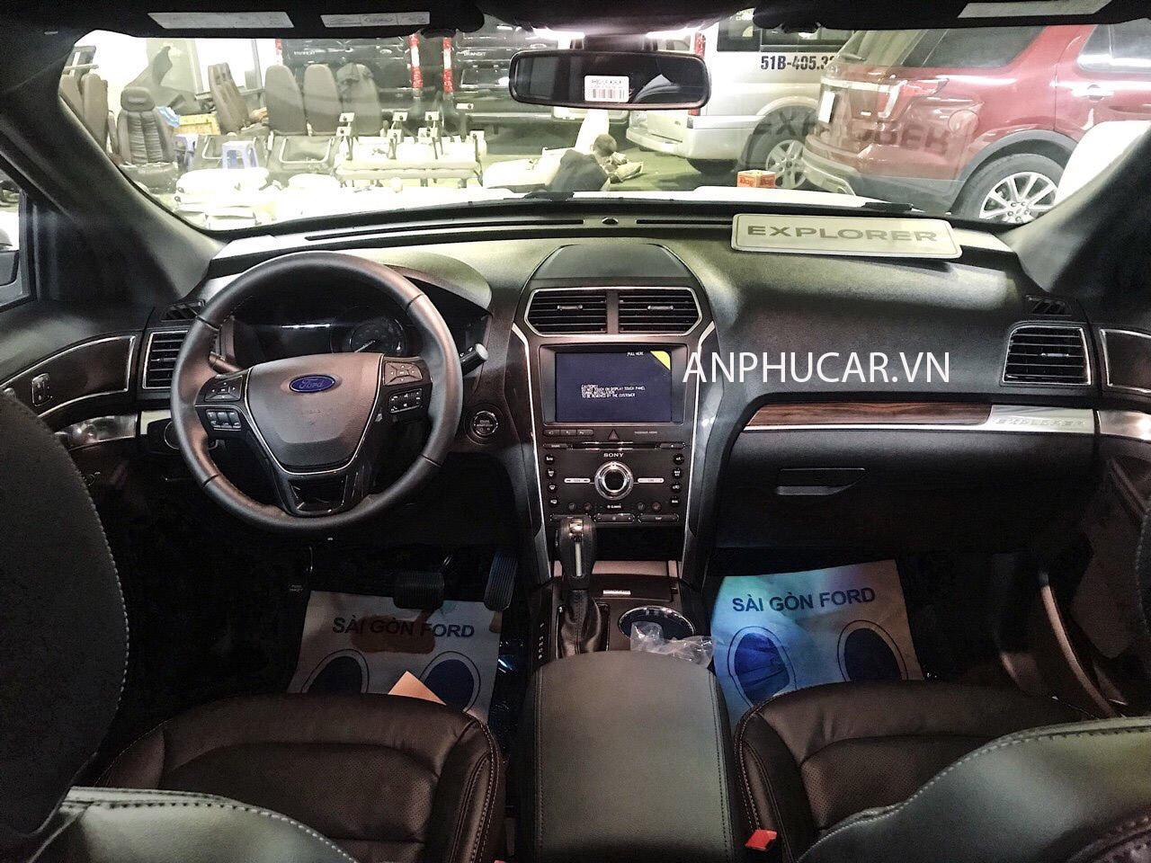 Màn hình Ford Explorer 2019