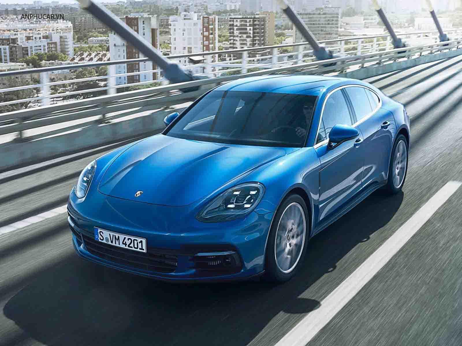 Ngoai hinh Porsche Panamera 2020