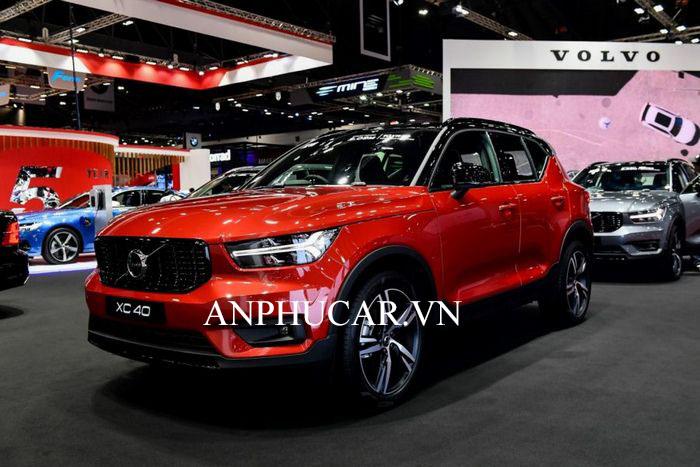 Giá xe Volvo X40 2020