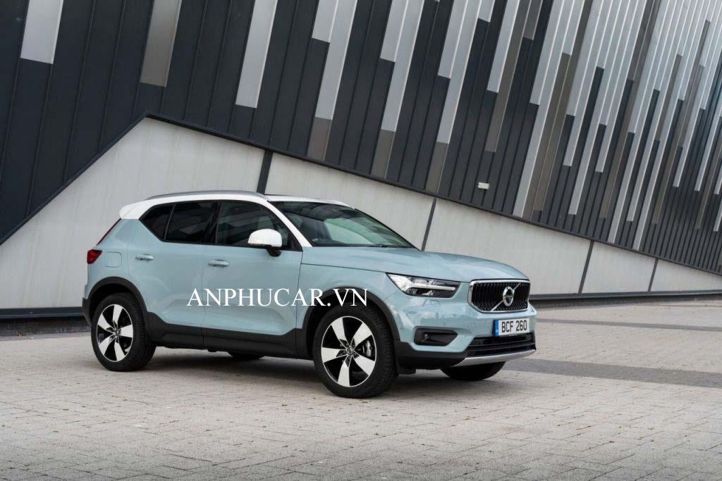 Khuyến mãi mua xe Volvo X40 2020