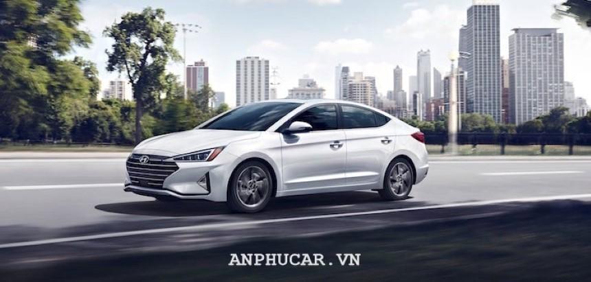 Hyundai Elantra 2020 khuyen mai hap dan
