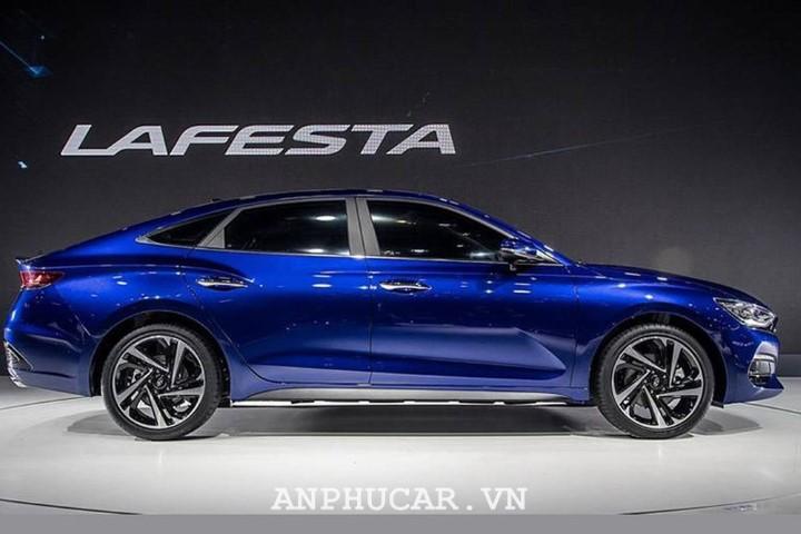 Hyundai La Festa gia bao nhieu