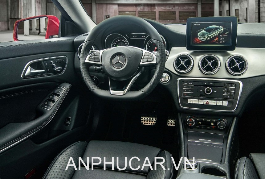 Mercedes GLA 200 noi that